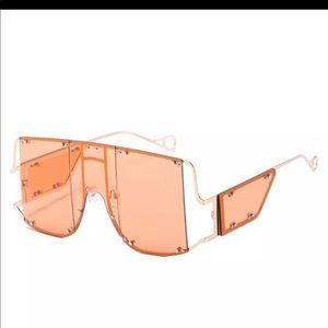 Trendy Oversized Sunglasses